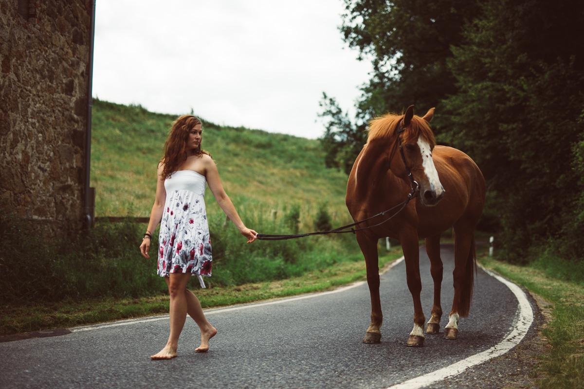 Fotoshooting - Elisabeth und Pferd-11