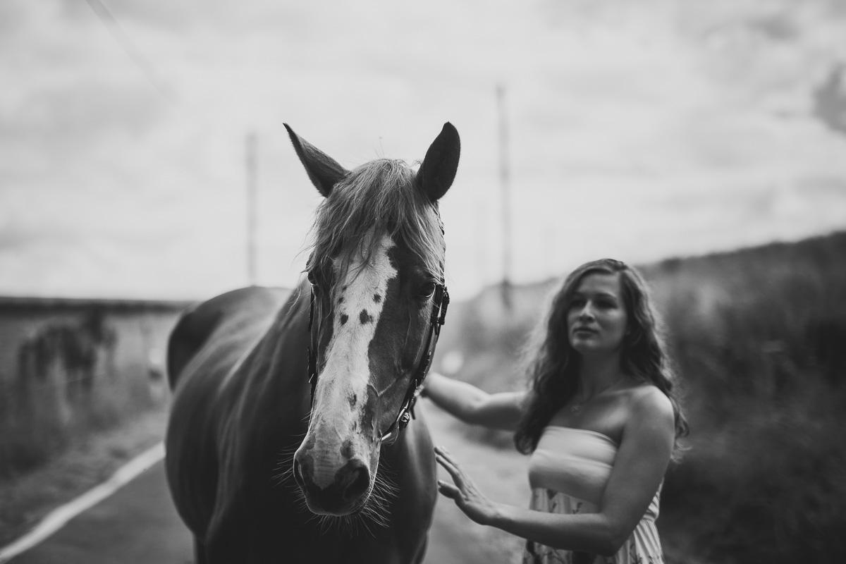 Fotoshooting - Elisabeth und Pferd-16