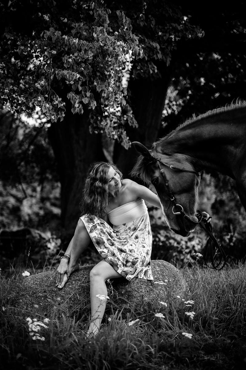 Fotoshooting - Elisabeth und Pferd-22