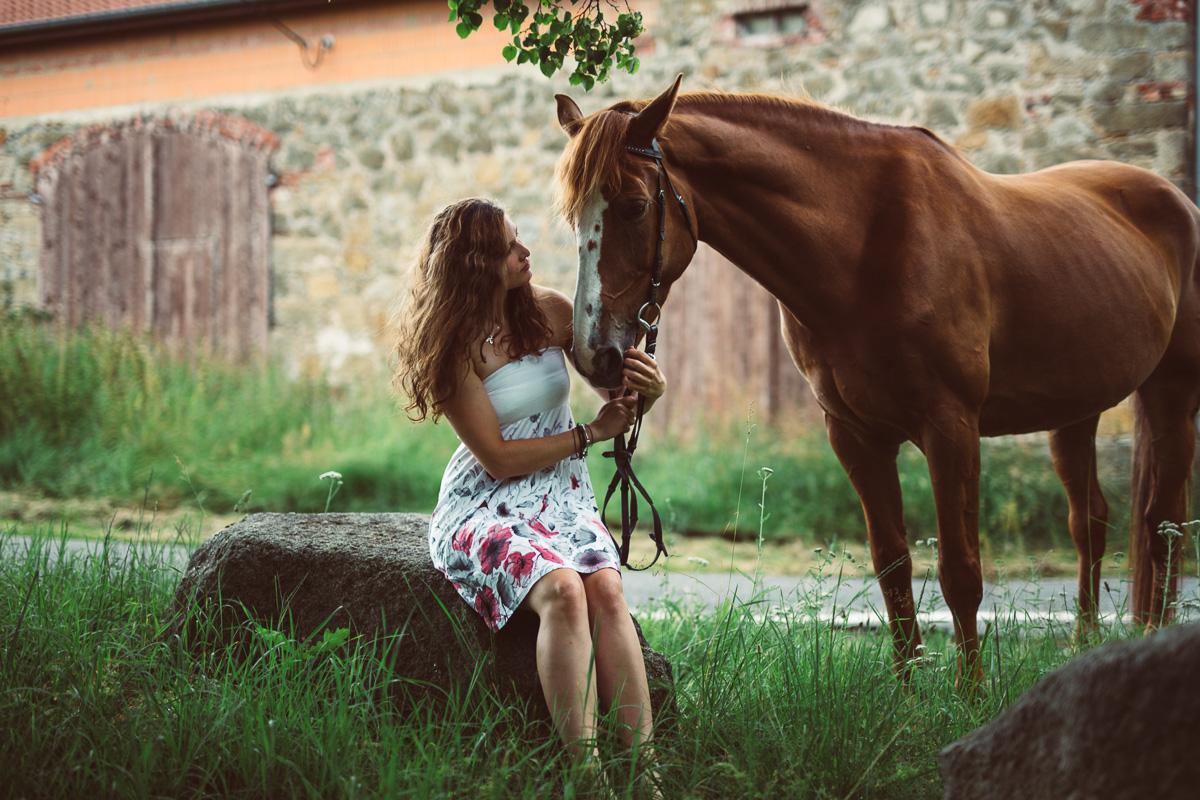 Fotoshooting - Elisabeth und Pferd-24