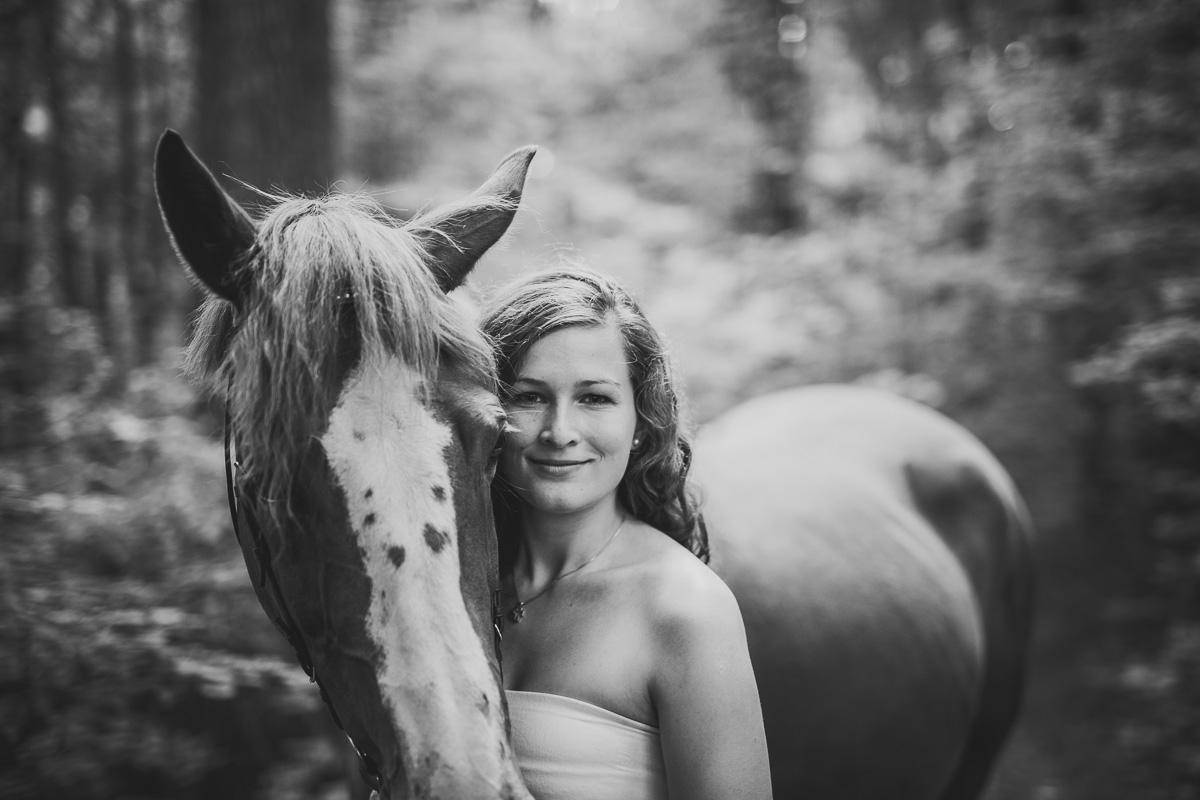 Fotoshooting - Elisabeth und Pferd-28