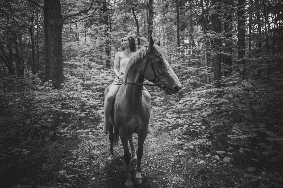 Fotoshooting - Elisabeth und Pferd-34