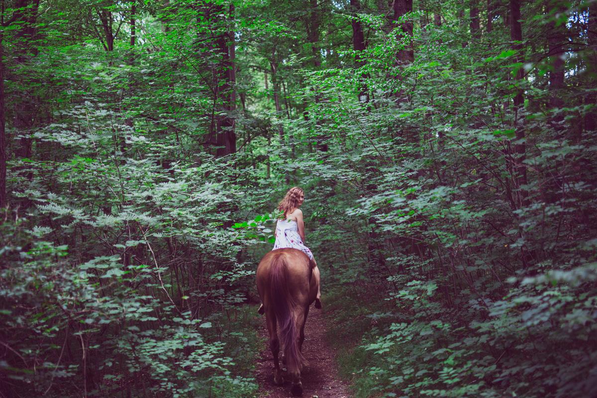 Fotoshooting - Elisabeth und Pferd-36