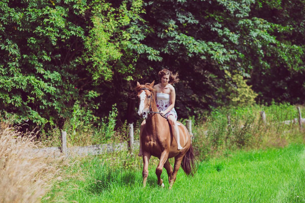 Fotoshooting - Elisabeth und Pferd-51