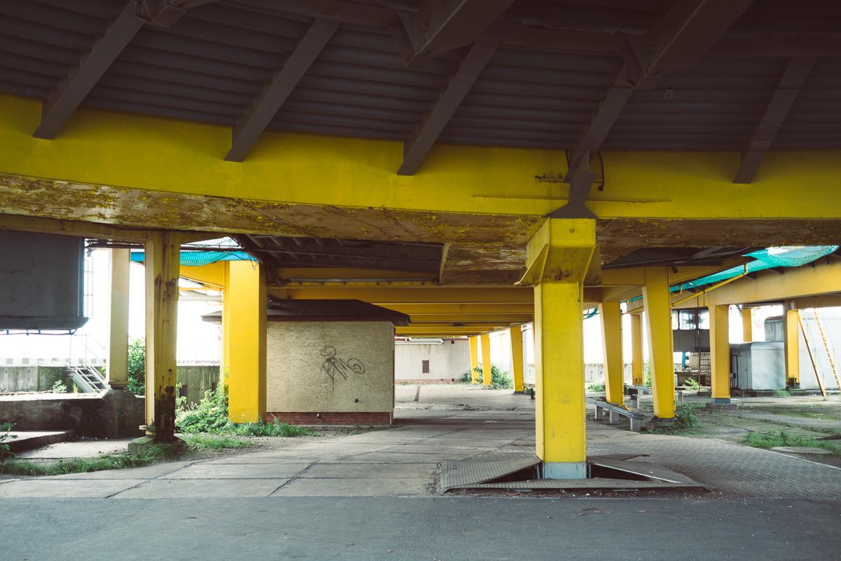 Stützpfeiler unter Hafenanlage in Sassnitz