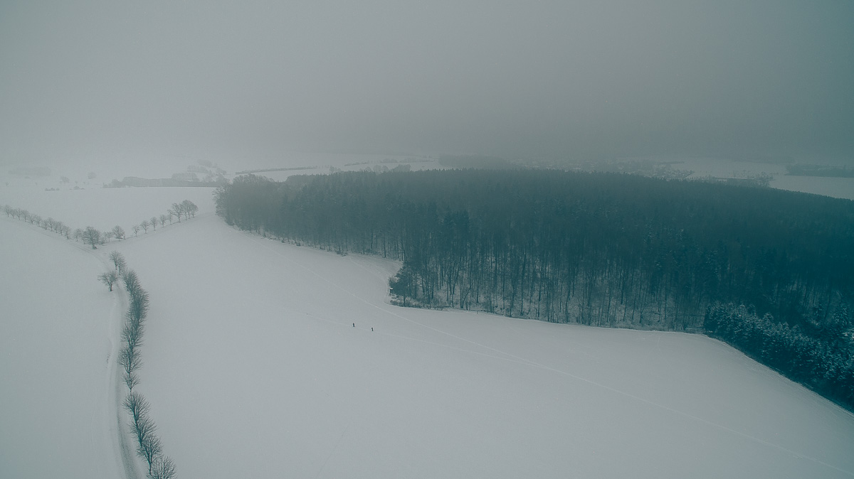Winterlandschaft bei Freital aus der Luft gesehen