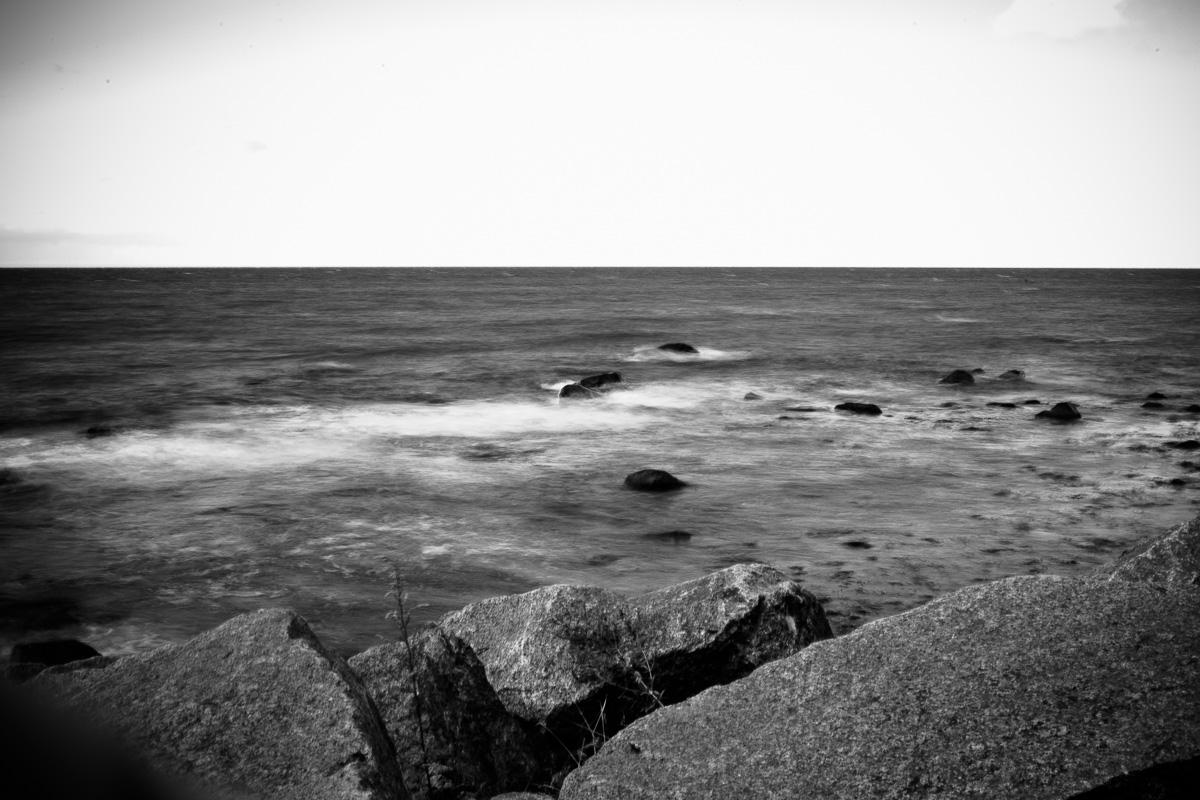 Wasser in Bewegung am Strand von Rügen